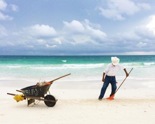 BeachIMG_6212CropSMALL